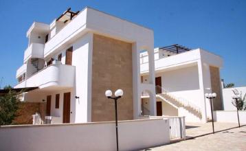 Appartamenti affitto salento appartamenti residence for Appartamenti arredati in affitto bari