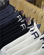 Italian fashion shirts for men, Heffort shirts franchise vendors the real Italian men shirts collection for winter and summer seasons, Heffor offers classic shirts for franchising, Italian classic shirts and fashion shirts for men franchise business, Heffort is an Italian trademark created to men fashion distributors, franchising and wholesalers. Heffort shirts manufactured by Texil3 introduces a new way to become a Partner in shirts Business: a modern franchising to grow up together with our partners and increase fashion shirts business profit.