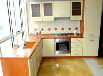 Cucina attrezzata fabbrica mobili arredo cucina for Arredo casa 2000