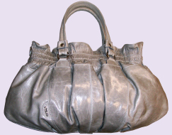 Italian Fashion Leather Handbags And Accessories For Franchising The Brand Entrà S Company Strategy Consists In