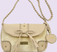 Complete collection of eco friendly leather fashion handbags for women, made in Italy designed and manufacturer facilities in China we offer the most high style eco friendly fashion handbags for girls, ladies and business women of the market, two collections per year to wholesalers, distributors and handbags shop centre PRIVATE LABEL offered for our main customers in United States, China, England, UK, Saudi Arabia, Japan, Italy, Germany, Spain, France, California, New York, Moscow in Russia handbags oem manufacturer and distributor market business Eco friendly Leather to the fashion women accessories market