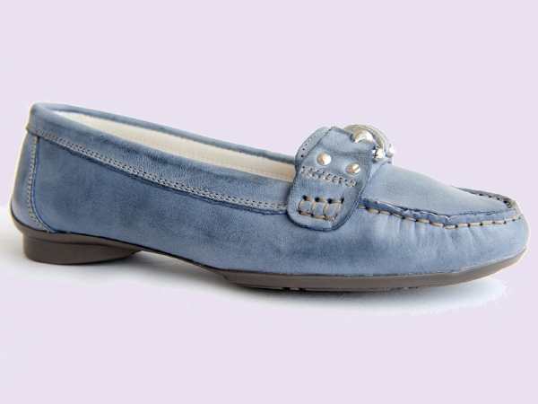 cheap for discount 3d4f2 7867a Scarpa classica pelle, scarpa donna pelle produzione conto ...